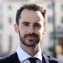 Adrián J. Sáez
